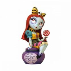 Figurine résine Sally -...